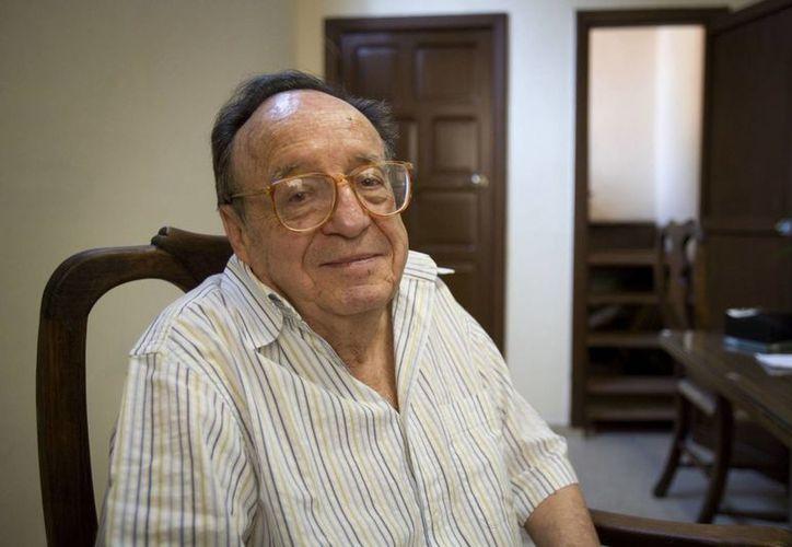 Chespirito visitó hace seis años Costa Rica para participar, junto al grupo cómico local La Media Docena, en el espectáculo teatral '11 y 12'. (Agencias)