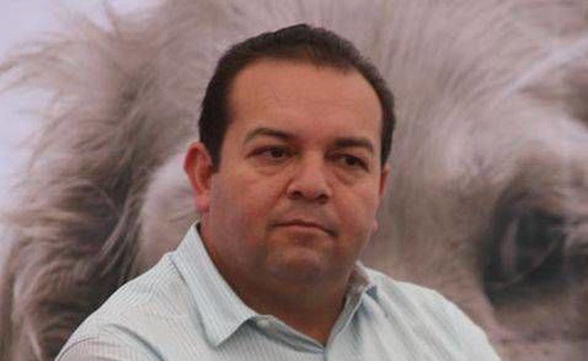 Emeterio Arizpe Telles, alcalde de Cadereyta, dijo que Pemex causó 'daño social y económico' por el derrame en el río San Juan. (Milenio)