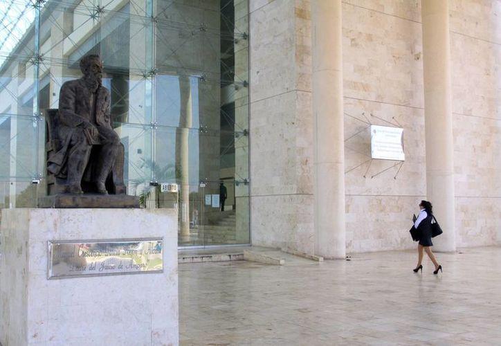 """El Primer Distrito Judicial se dividirá en dos regiones, """"A"""" Mérida y """"B"""" Progreso. (Milenio Novedades)"""