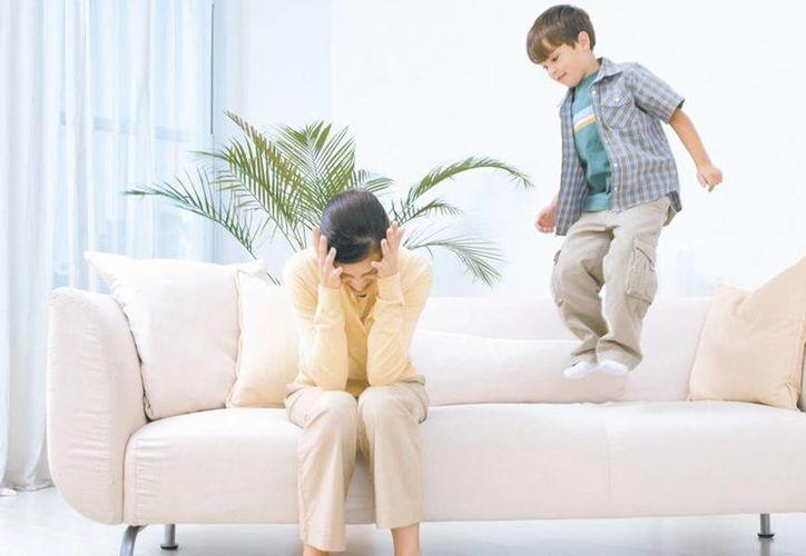 Todos los niños en algún momento de la vida son impulsivos o incluso hiperactivos, la  diferencia es que quien padece TDAH afecta de forma significativa la vida familiar, social, escolar y/o laboral de la persona. (Milenio Novedades)