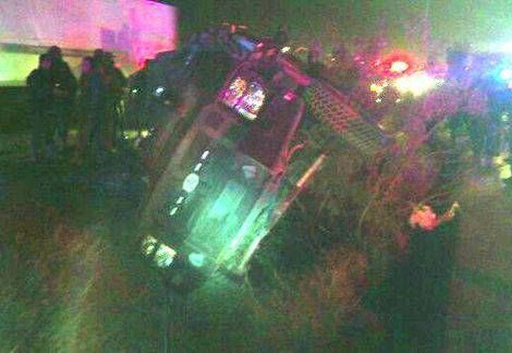 El vehículo con los militares circulaba por la carretera a Piedras Negras de poniente a oriente. (Ricardo Hernández/Milenio)