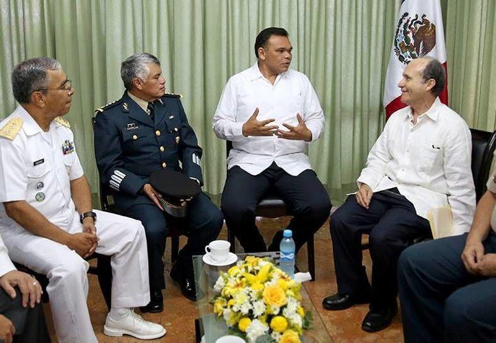 El gobernador Rolando Zapata tendrá actividades en el Centro de Convenciones Siglo XXI este sábado. (SIPSE)