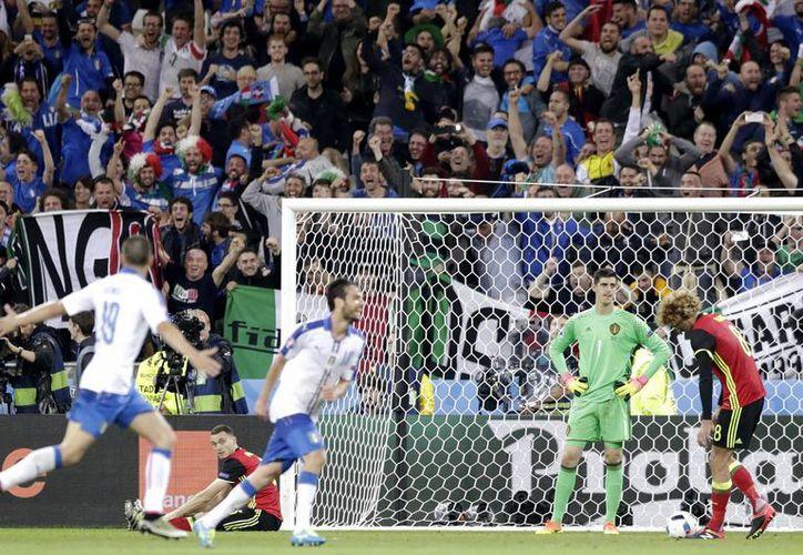 A pesar del buen futbol que por momentos mostró Bélgica, los italianos se llevaron este lunes el triunfo en partido que cerró la jornada en la Eurocopa 2016.  (AP)