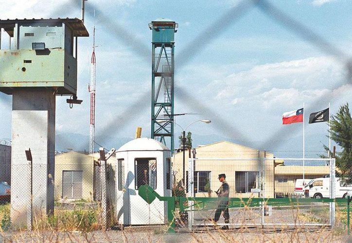 La ceremonia de perdón se realizó en el penal de Punta Peuco, donde están recluidos todos los condenados por crímenes de lesa humanidad. (radio.uchile.cl)