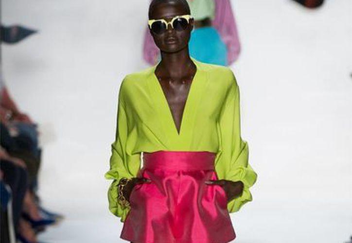 La modelo Ataui Deng ha participado en destacadas publicaciones como Vogue y Glamour. (listal.com)