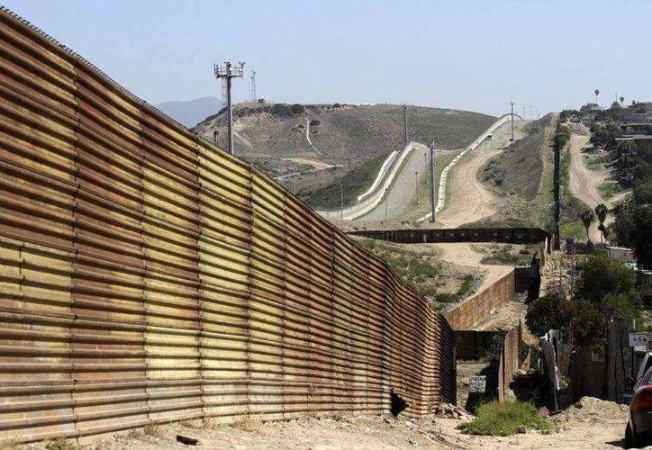 La fronterza entre México y Estados Unidos es conocida como ruta para el contrabando de personas y drogas, de ahí las medidas de seguridad que se establecen. (Archivo/Notimex)