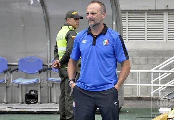 Javier Torrente debutó en el 2007, como técnico, al mando del Cerro Porteño de Paraguay. (Foto tomada de Facebook/Once Caldas)