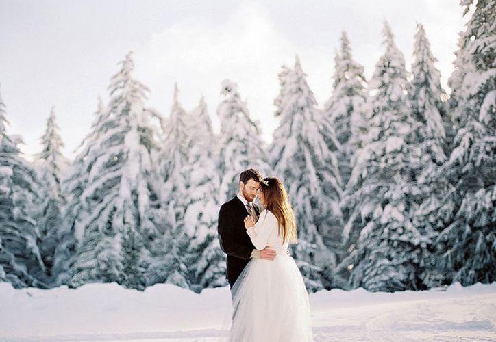 Para saber con mayor exactitud si una una boda de verano o de invierno cambió algo para parejas infieles, el proyecto pidió a sus usuarios que indicaran el mes de su boda. (Internet/Contexto)