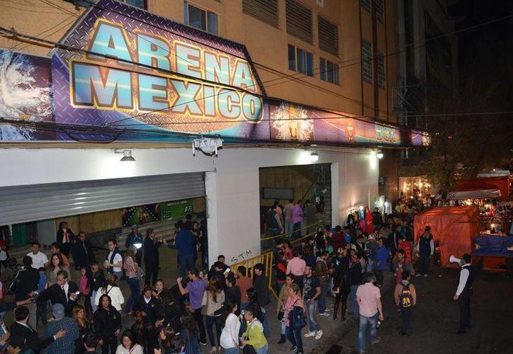 Mega colecta y convivencia con luchadores, se realizó este fin se semana por parte de luchadores del Consejo Mundial de Lucha Libre (CMLL). (Contexto/Internet)