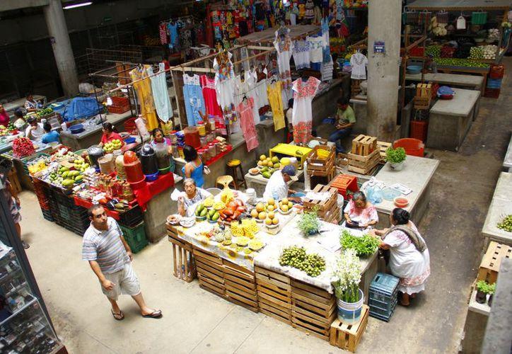 El mercado de San Benito un desperdicio en diseño, espacios y dinero. (Juan Albornoz/SIPSE)