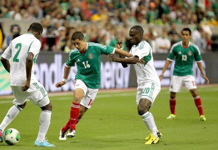 Además del Chicharito Hernández, la Selección mexicana cuenta con los botines de Andrés Guardado y Giovani dos Santos. (Archivo Notimex)