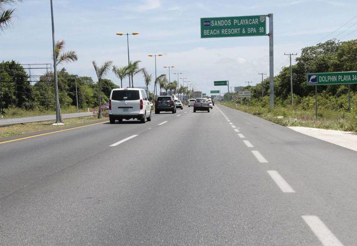 Durante la última temporada vacacional de Semana Santa la salida de vehículos fue de mil 300. (Tomás Álvarez/SIPSE)