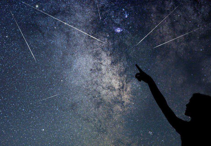 Las estrellas fugaces tienen su inicio cada verano a finales de julio y se desarrollan hasta mediados de agosto. (Foto: THINKSTOCK)