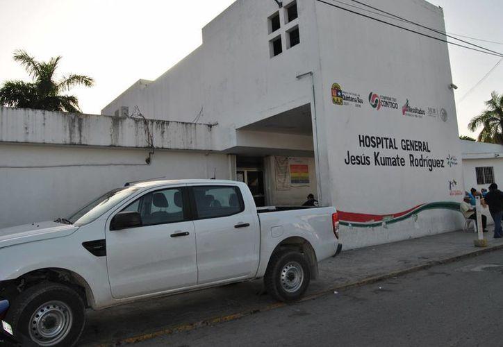 Un sujeto se trasladó por sus propios medios hasta el hospital tras ser herido con un arma de fuego en Puerto Juárez. (Redacción/SIPSE)