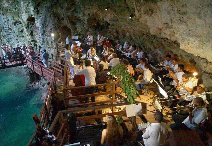La Camerata de Cancún interpretó música de Los Beatles. (Redacción/SIPSE)