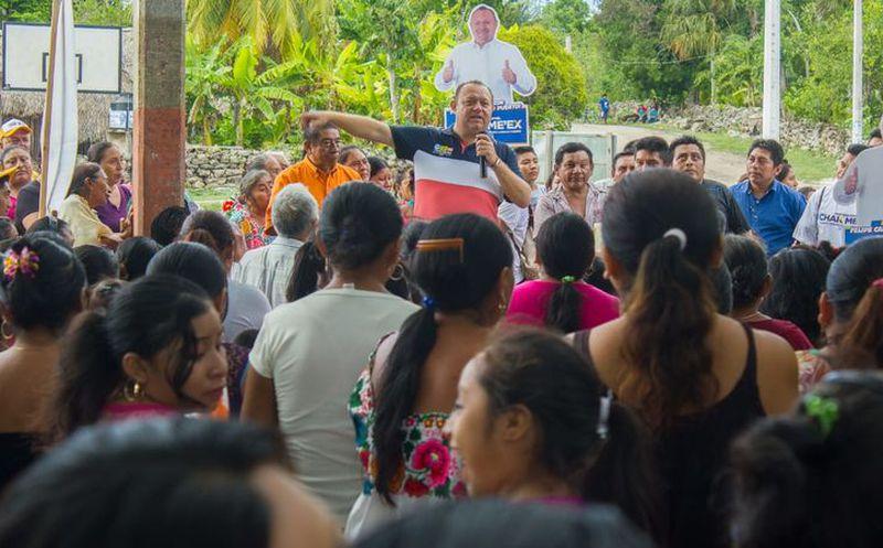 José Esquivel reiteró su compromiso de impulsar el desarrollo del campo. (Redacción/SIPSE)
