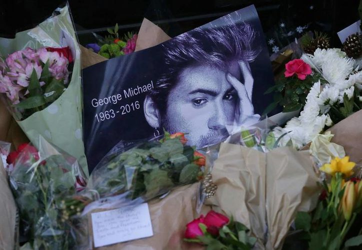 Seguidores del cantante George Michael han pedido, vía internet, que sea declarado 'Sir' (caballero). La imagen está utilizada sólo como contexto. (AP/Archivo)
