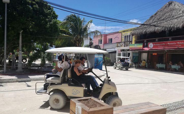 El bienestar de la isla deja una derrama a los pobladores del puerto. (Stephani Blanco/SIPSE)