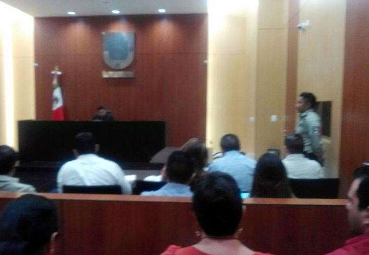 Imagen de la audiencia en la sala 3 del Centro de Justicia Penal de Mérida por el crimen del psiquiatra Felipe Triay Peniche. (Luis Fuente/SIPSE)