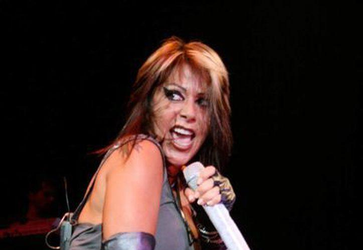"""La """"Reina de corazones"""" presentará un espectáculo de más de dos horas en la Plaza de Toros de Mérida. (Milenio Novedades)"""