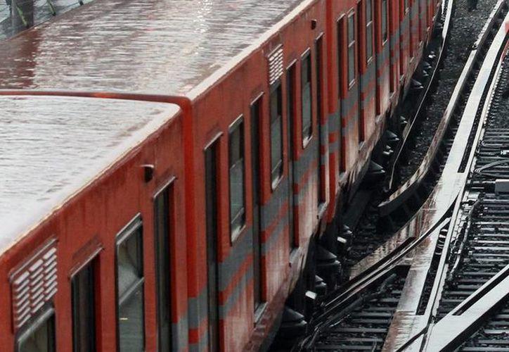 Una de las opciones es la ampliación de la Línea B, que va de Buenavista a Ciudad Azteca, principalmente desde la estación Muzquiz. Imagen de la estación Oceanía de la Línea 5. (Archivo/Notimex)