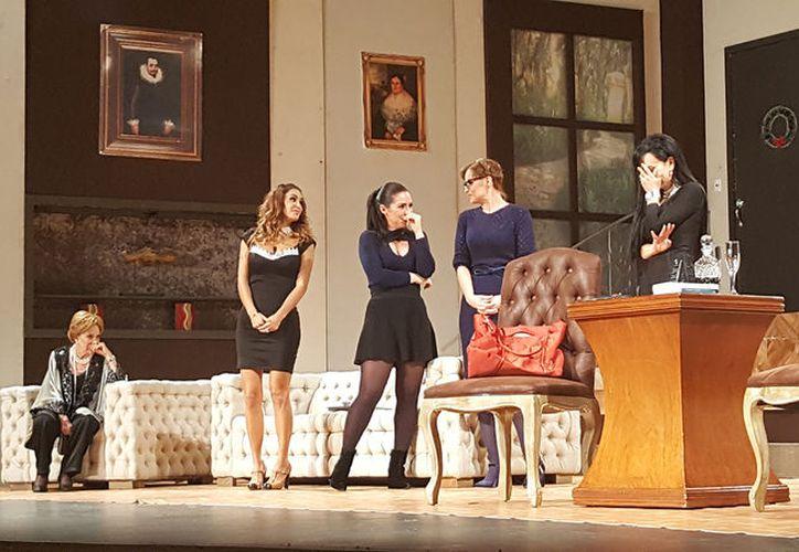 Jacqueline Andere, Maribel Guardia, Ninel Conde, Ruffo, Ana Patricia, Grettell Valdéz y Ariadne divirtieron al público. (Foto: Jocelyn Díaz)