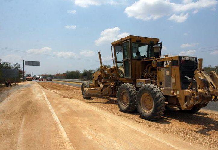 Destacan 90.2 millones de pesos utilizados para el distribuidor vial de acceso a Progreso. (SIPSE)