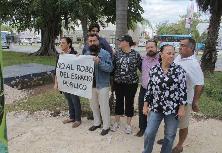 Defienden ciudadanos los espacios públicos que existen en Cancún. (Israel Leal/SIPSE)