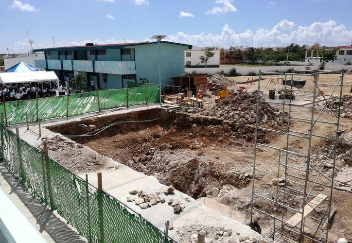 Realizan una millonaria inversión para la construcción del edificio. (Adrián Barreto/SIPSE)