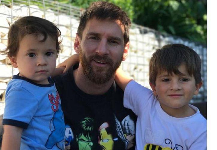 Messi recibió a Ciro, su tercer hijo varón con Antonela Rocuzzo. (Foto: MinutoUno)
