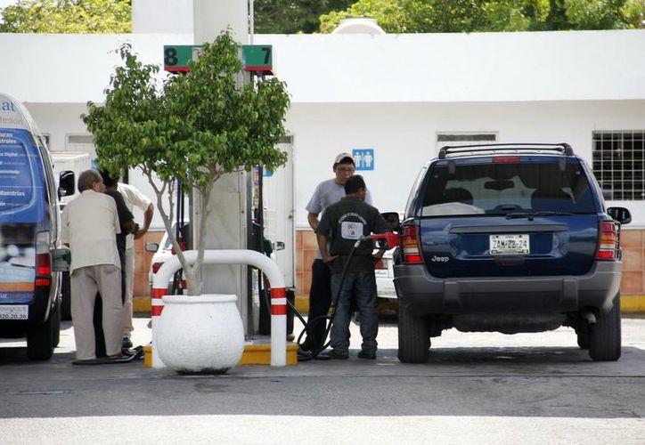 La mayoría de las gasolineras de Yucatán operan con los nuevos dispensarios y software. (Milenio Novedades)