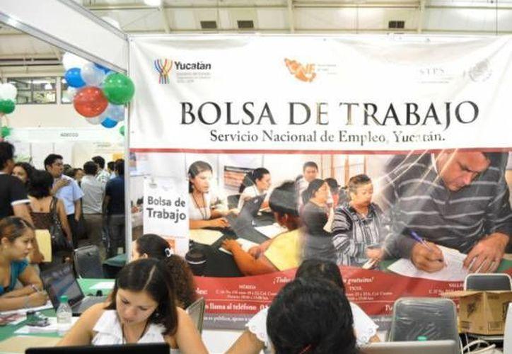 <i>Bolsa de trabajo en tu colonia</i> es uno de los programas que se aplica en Yucatán para combatir el desempleo. (SIPSE(Foto de contexto)