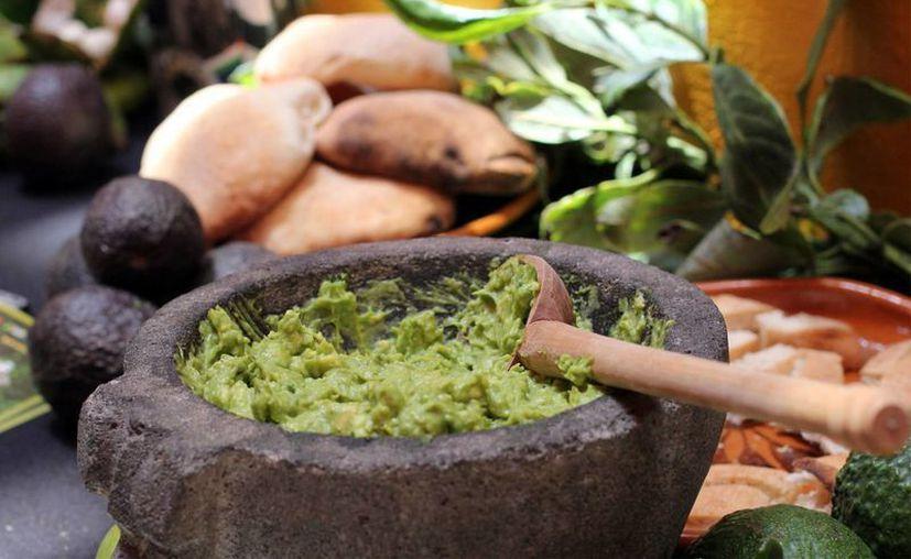 México es el primer exportador de aguacate y de jitomate a nivel mundial, así como el tercero de pepino. (Notimex)