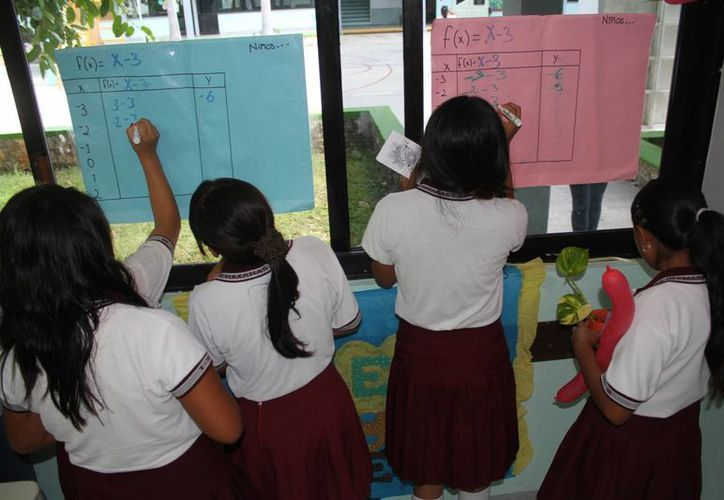 Los estudiantes participaron en varias actividades. (Sergio Orozco/SIPSE)