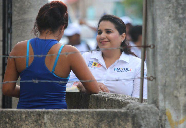 La candidata sostuvo que combatirá el fenómeno de la feminización de la pobreza mediante políticas públicas.