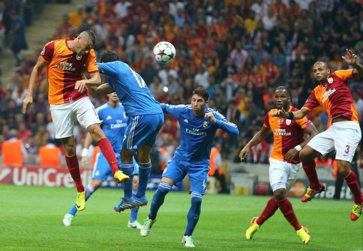 Real Madrid arrasó con el Galatasaray 6-1, en el inicio de la fase de grupos de la Liga de Campeones. (Agencias)