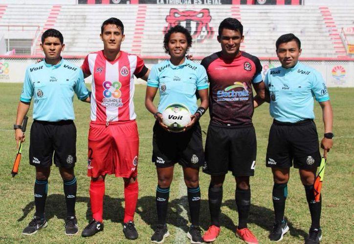 La chetumaleña Alexa Viera Clarke, debutó con éxito en la Liga MX de Fútbol Femenil. (Cortesía)