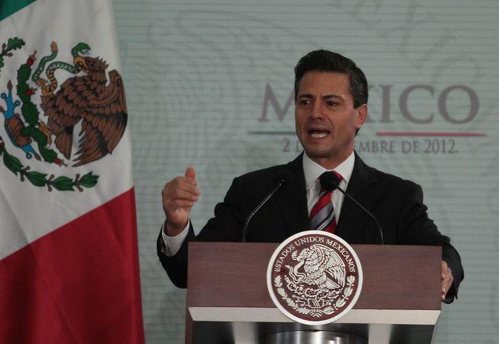 Peña Nieto advirtió que debe ponerse énfasis en la prevención en la reconstrucción del tejido social. (Notimex)