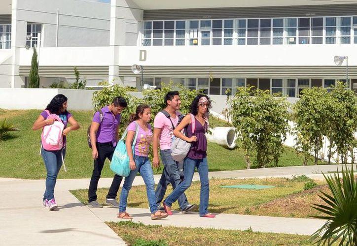 Difunden concurso de negocios en 36 universidades de Mérida. (Milenio Novedades)