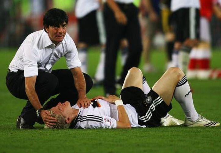 Loew ha estado diez años dentro de la Selección de Alemania, y ahora su contrato se extiende por dos años más. (zimbio.com)