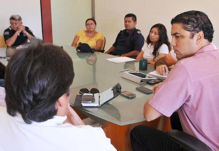 Autoridades de seguridad durante una reunión del pasado miércoles. (Redacción/SIPSE)