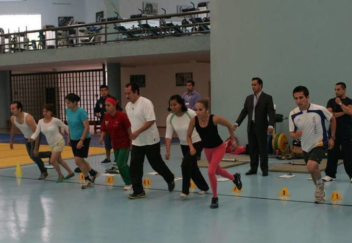 La Cojudeq ha dipuesto de un equipo técnico y humano para impartir las jornadas de activación física. (Cortesía/Ponte al 100)