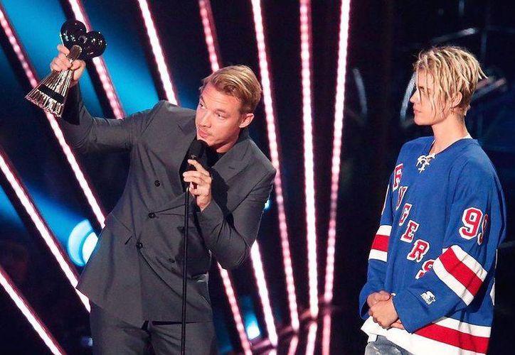 Major Lazer y Bieber compartieron  la canción el pasado 22 de julio, en las diferentes redes sociales de los artistas. (EFE)