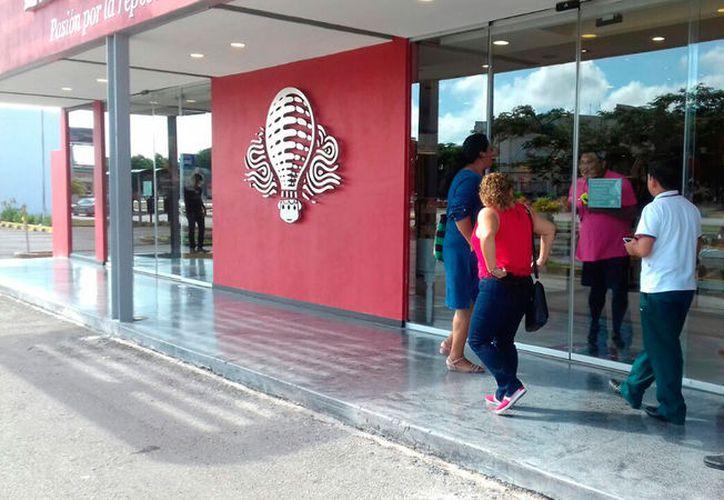 Poco a poco, las franquicias van ganando terreno en Mérida, por lo que los empresarios locales deben diversificarse, en opinión de la Canaco. (Archivo/SIPSE)