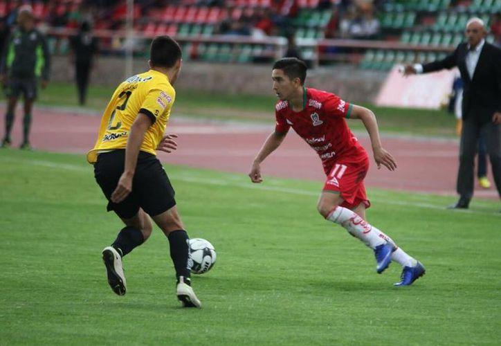 Mineros de Zacatecas se puso adelante en el marcador, apenas al minuto 3, con un golazo de José Neira.(Milenio Novedades)