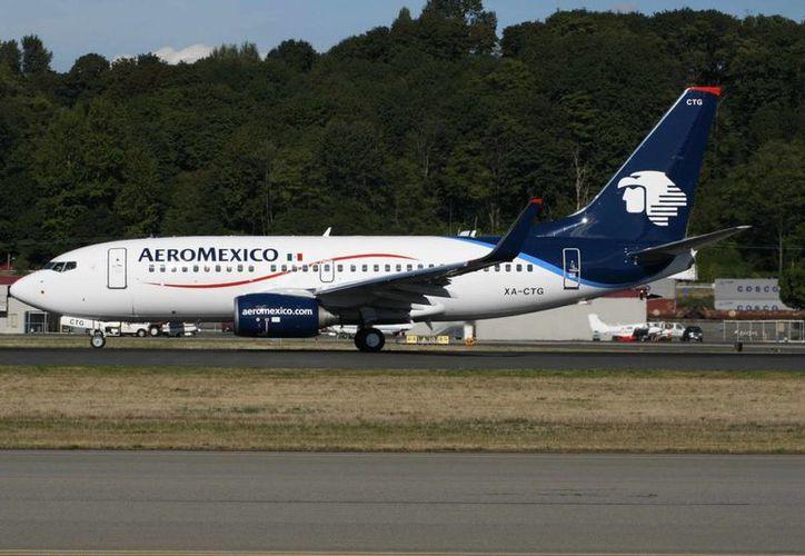 La aerolínea opera más de 600 vuelos diarios. (Notimex)