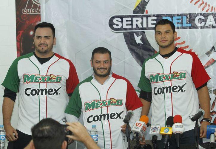 México, que será anfitrión en la Serie del Caribe del año que viene, presentó los uniformes que vestirá. (Notimex)