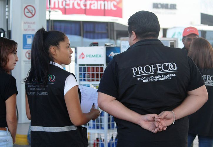 Profeco intensificó sus verificaciones a comercios como gasolineras, tortillerías y tiendas de regalos. (Foto: Octavio Martínez)