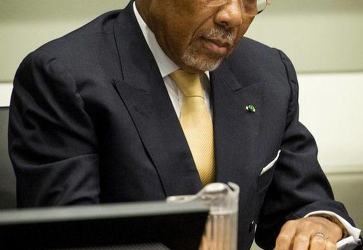 Charles Taylor en su proceso de apelación en la Corte Especial para Sierra Leona en Leidschendam. (Agencias)