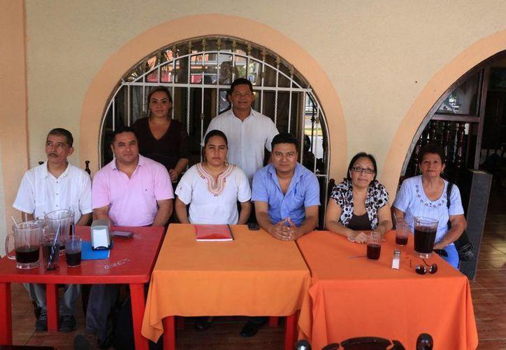 Un grupo de ciudadanos se han organizado para postular a un candidato ajeno a partidos políticos como candidato a presidente municipal. (Adrián Barreto/SIPSE)